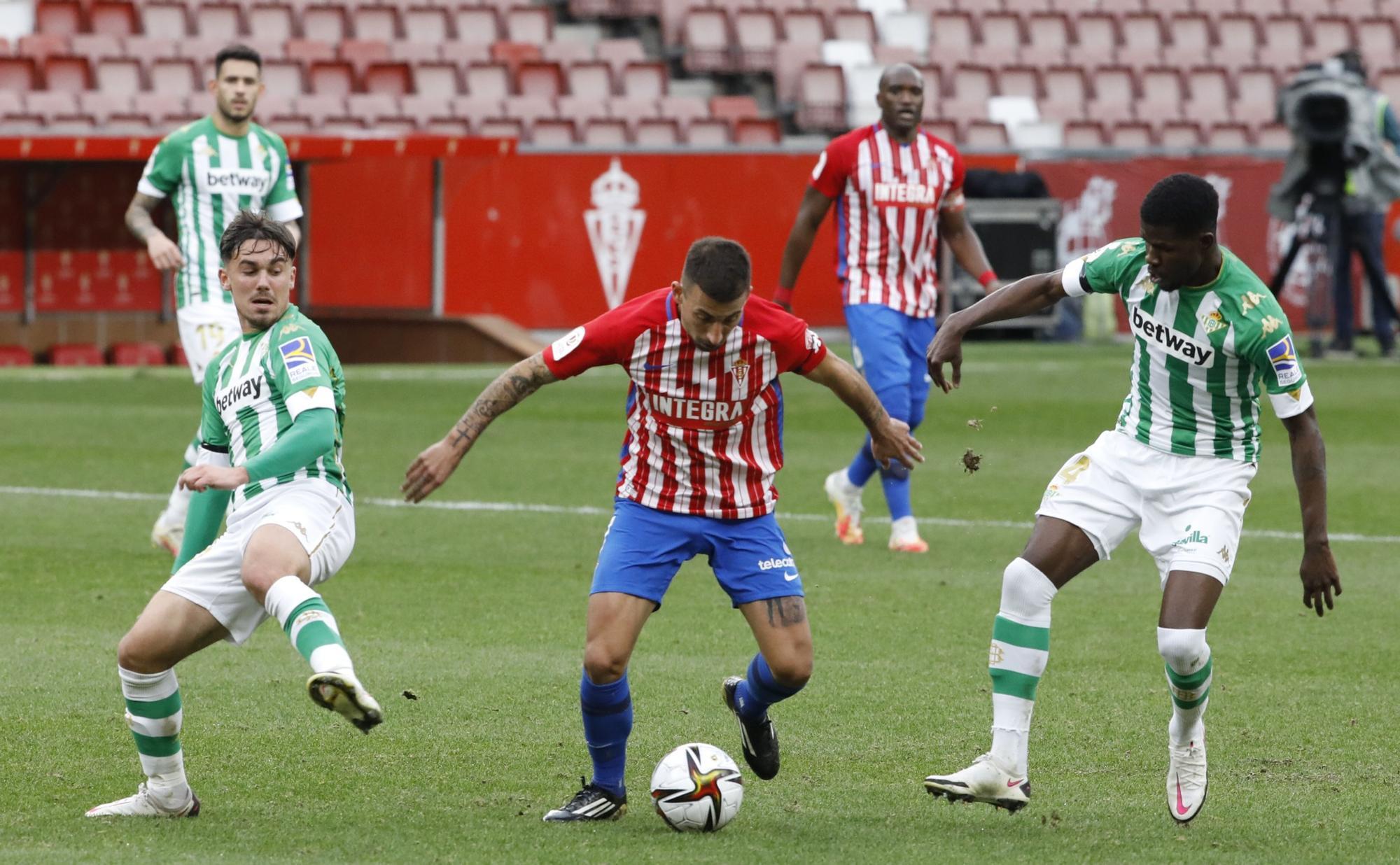 Sporting - Betis, en imágenes