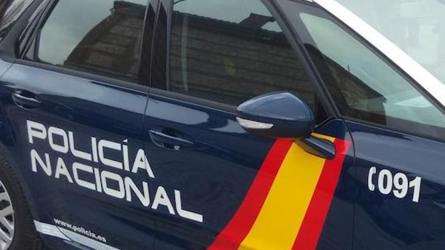Detingudes quinze persones d'una xarxa que distribuïa pornografia infantil «d'extrema duresa» a través de Twitter