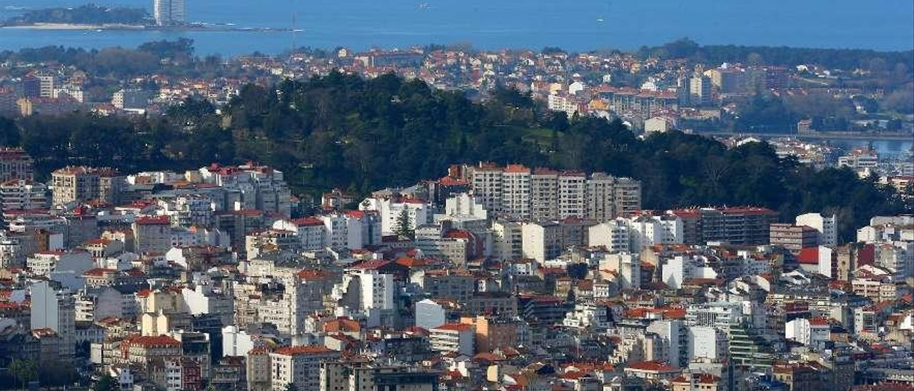 Vista parcial de la ciudad de Vigo. // Marta G. Brea