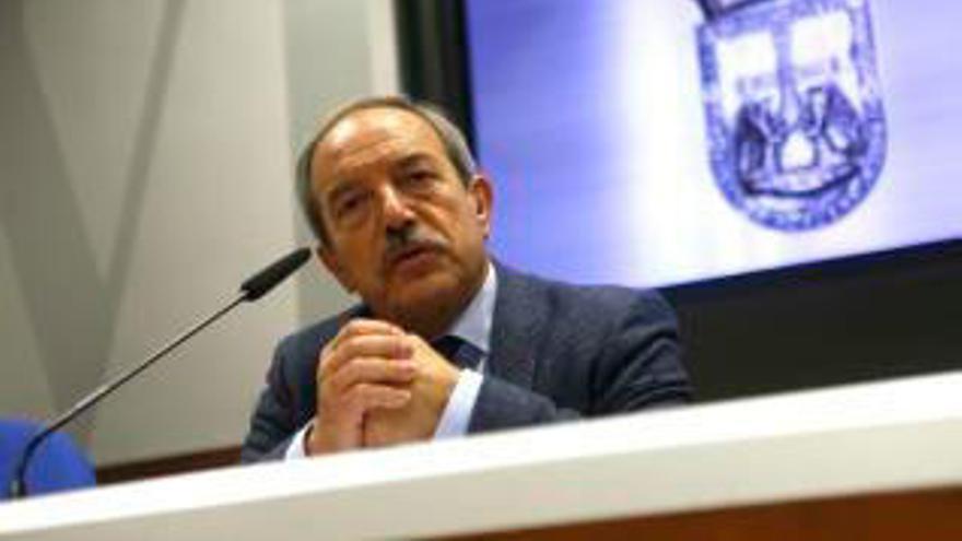 El Alcalde de Oviedo pide  a Caunedo que asuma responsabilidades