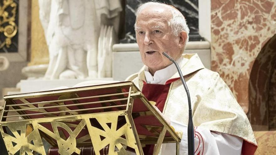 """El cardenal Cañizares llama a """"orar por España"""""""