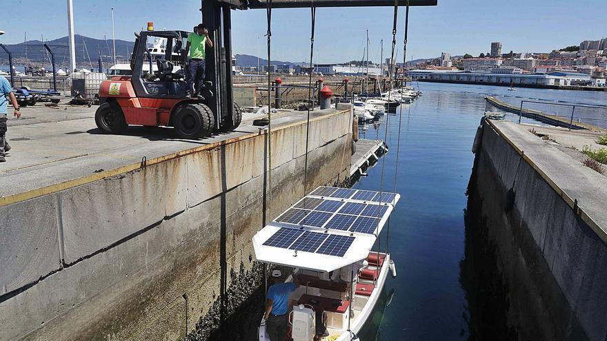 """El barco-taxi eléctrico """"made in Vigo"""""""