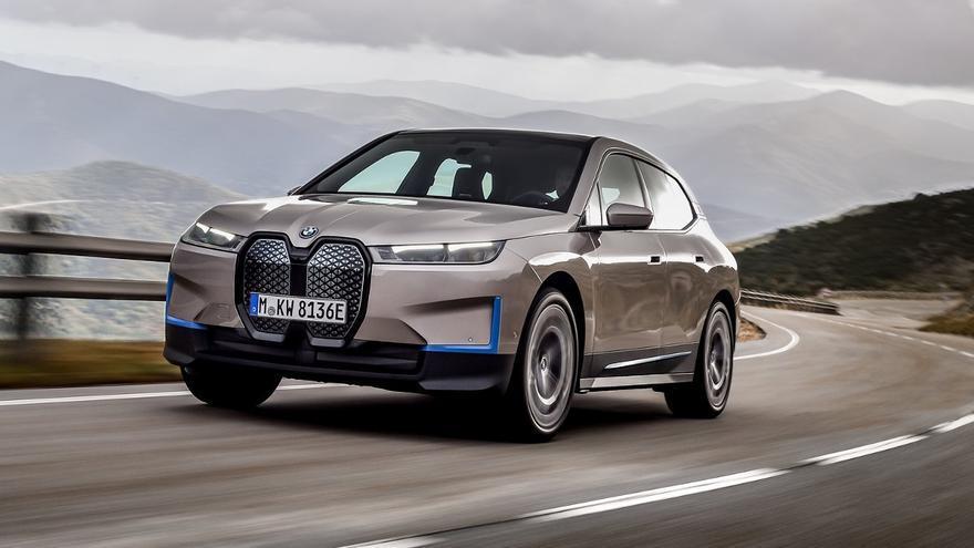BMW iX 2022: más de 170 fotos en una súper galería