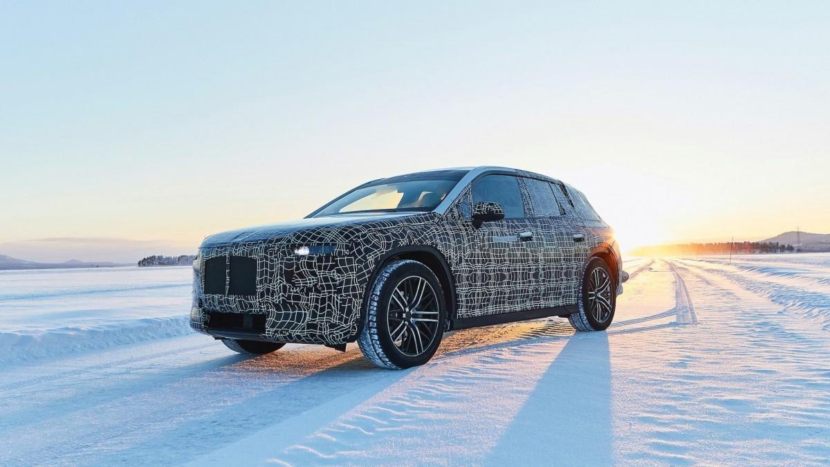 BMW presenta un motor de hidrógeno y consolida su apuesta por esta propulsión