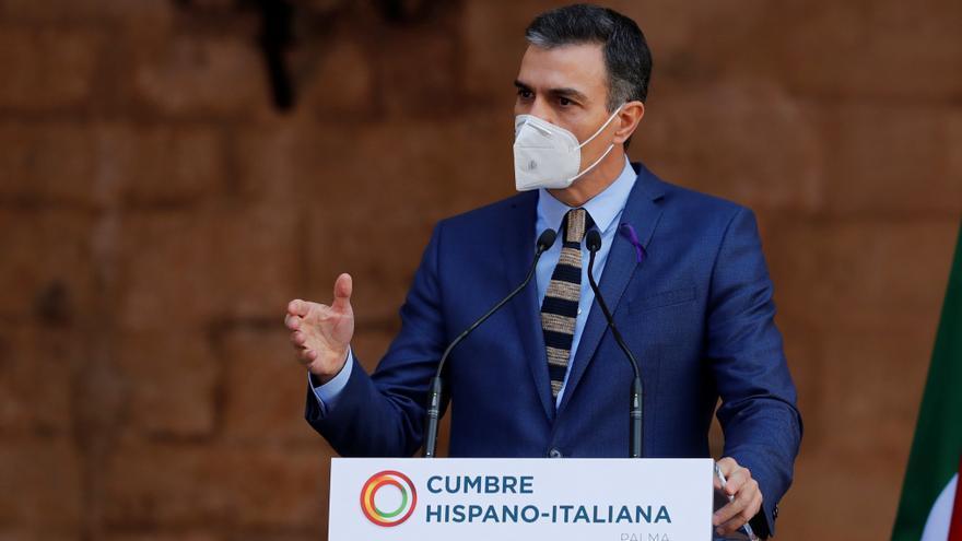Sánchez responde a Díaz Ayuso que dirigentes del PP también apoyan la armonización fiscal