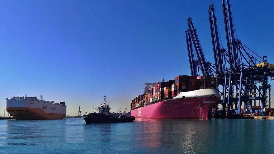 València empezará a perder actividad en julio por la parálisis en varios puertos chinos