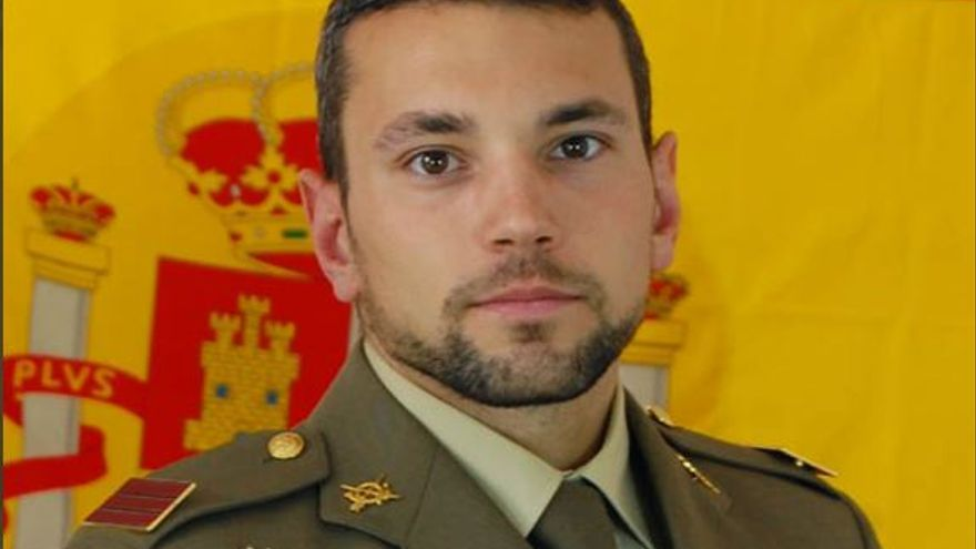 Muere uno de los paracaidistas que cayeron al mar en La Manga