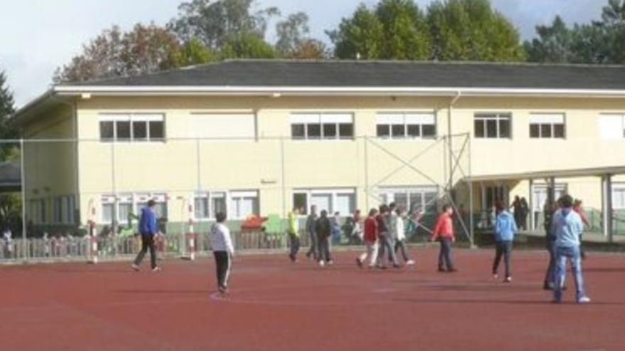 Vilaboa se moviliza contra los recortes de profesorado en el CPI O Toural
