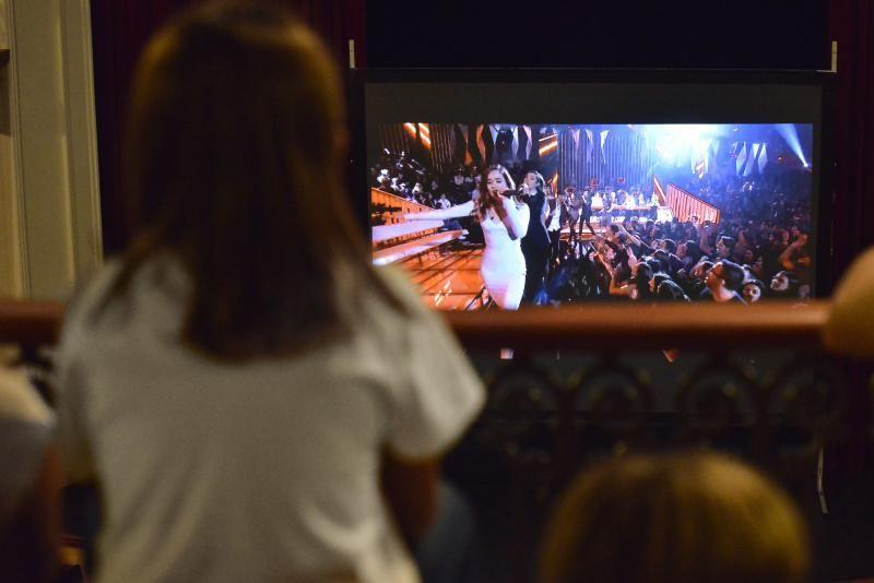 7/11/2018 GÁLDAR. Apoyo a Marilia, concursante de Operación Triunfo en el Teatro de Gáldar. FOTO: J. PÉREZ CURBELO  | 07/11/2018 | Fotógrafo: José Pérez Curbelo