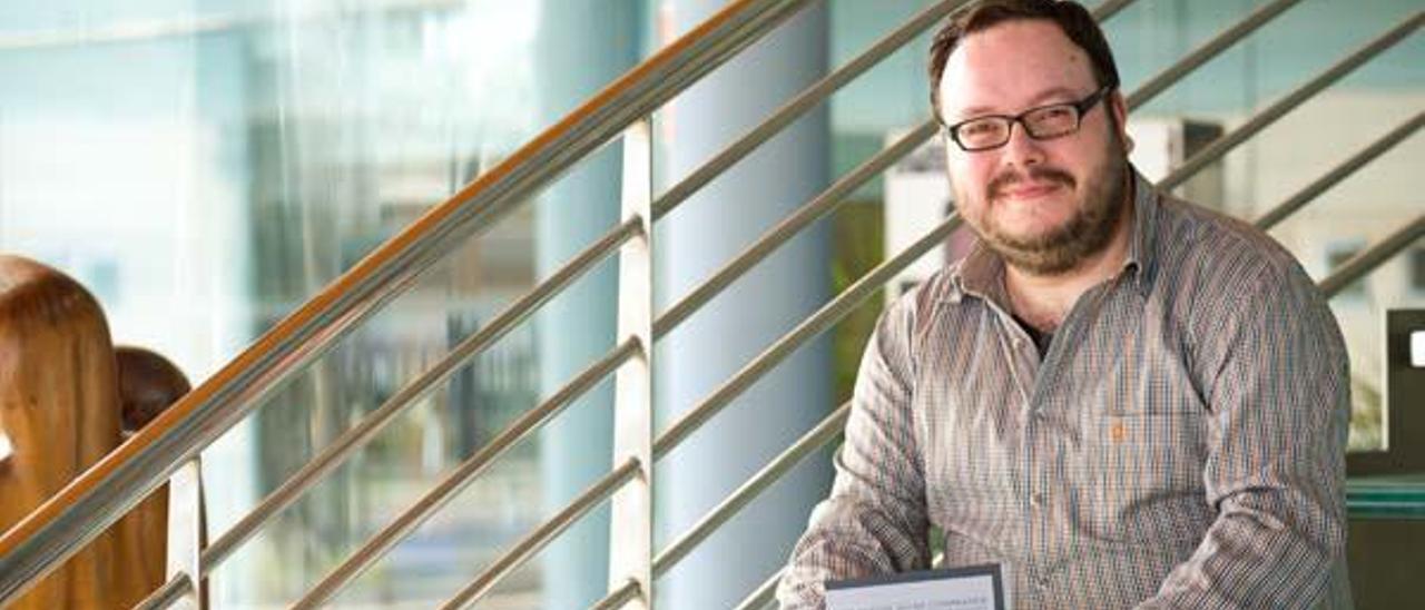 """Daniel Escandell Montiel: """"Eso del nativo digital es un mito, todo  es cuestión de comprender la tecnología"""""""