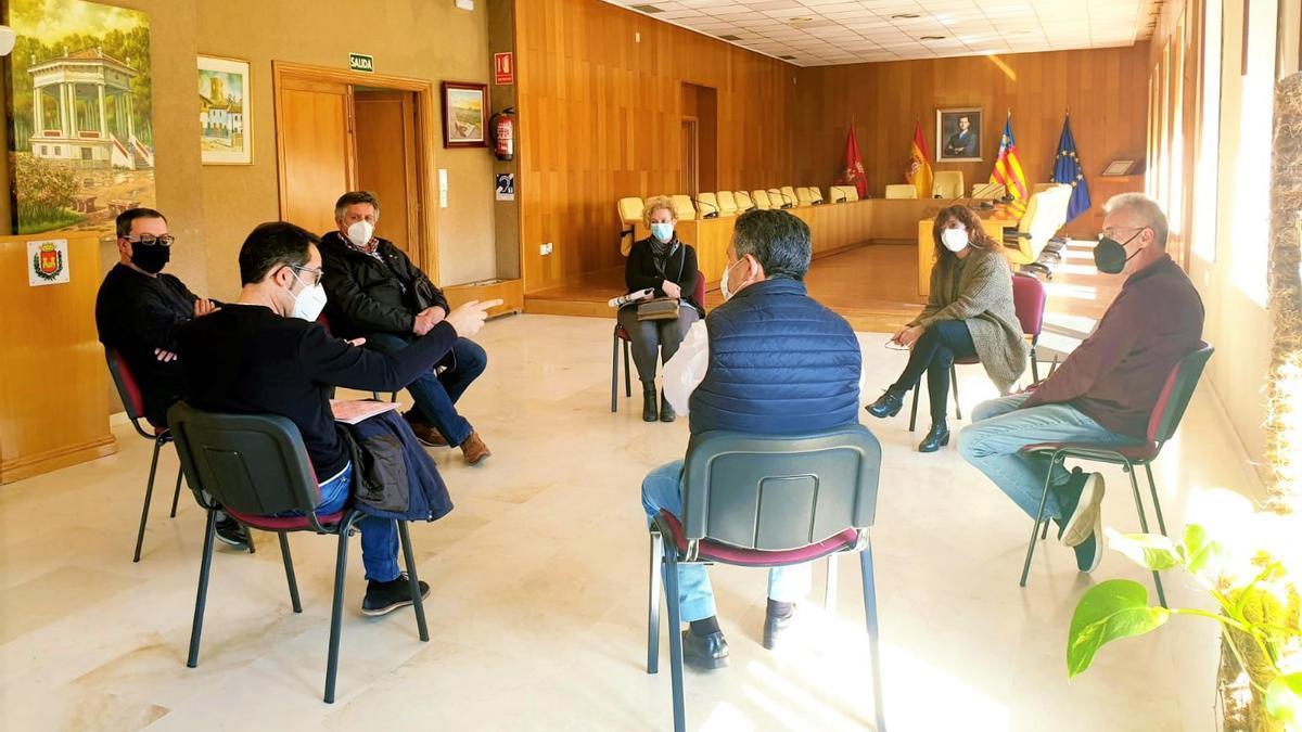 Reunión del concejal de Memoria Histórica con descendientes de eldenses ejecutados en la posguerra.