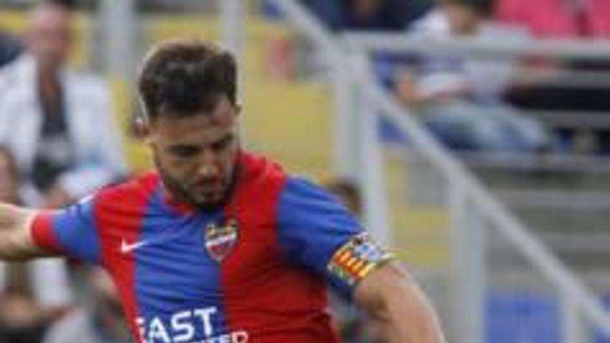 El algemesinense Álvaro Traver recala en el Sporting tras una vida en las filas del Levante UD