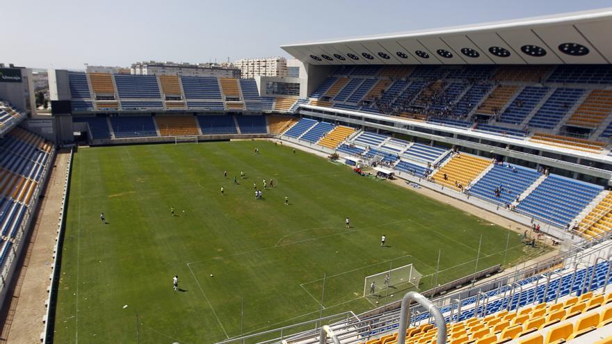 El estadio 'Ramón de Carranza' pasará a llamarse 'Nuevo Mirandilla'