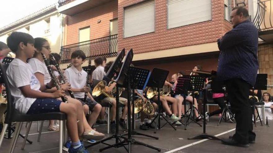 Benitatxell convoca por primera vez en 15 años un proceso selectivo para todas las especialidades de su Escuela de Música y Danza