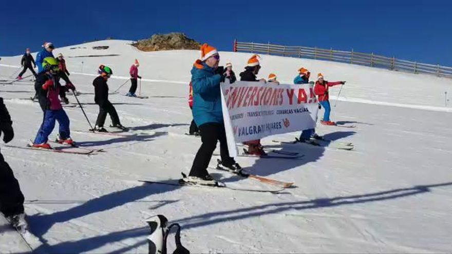 """Reivindicación sobre esquíes en Valgrande-Pajares: """"Inversiones ya"""""""