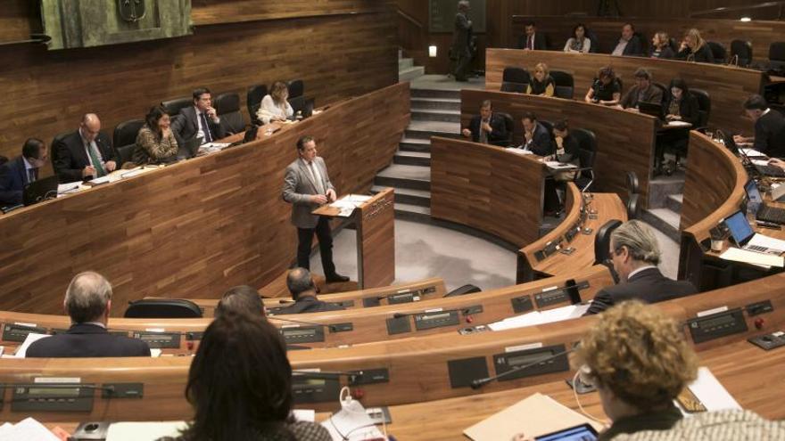 División en la política: la izquierda aplaude y la derecha duda de Sánchez