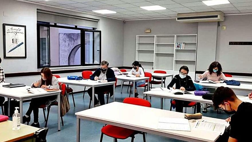 La Universitat Popular de Gandia obri la matriculació del segon quadrimestre