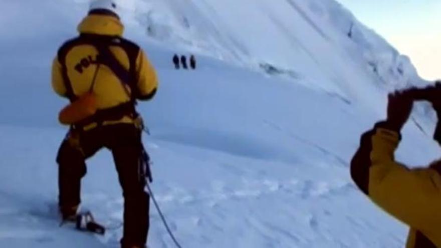 """La repatriación de los montañeros fallecidos en Perú será """"lenta y larga"""""""