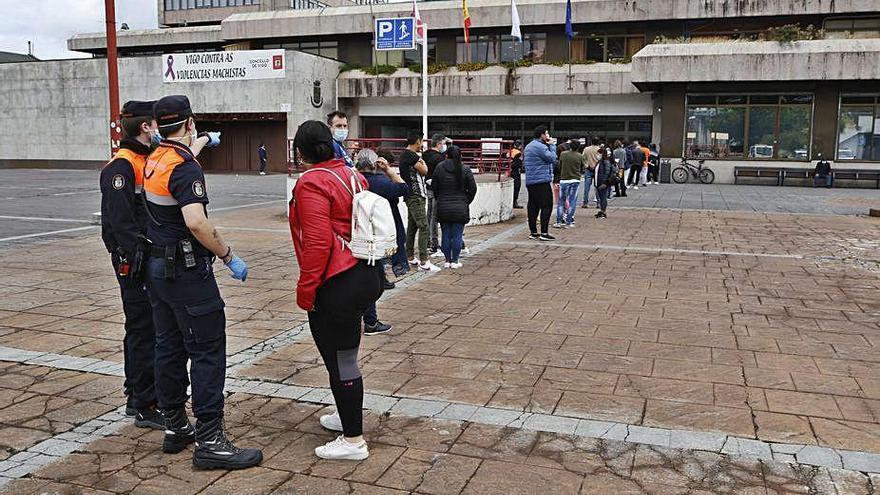 El Concello atendió a 1.400 solicitantes de la renta mínima vital en solo dos días