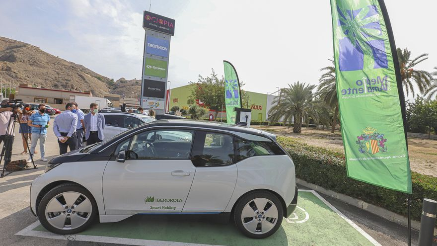 El Consell amplía en 4 millones de euros las ayudas para la adquisición de vehículos eléctricos