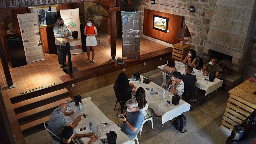 Monterrei mantiene su Feria do Vino con catas y degustaciones