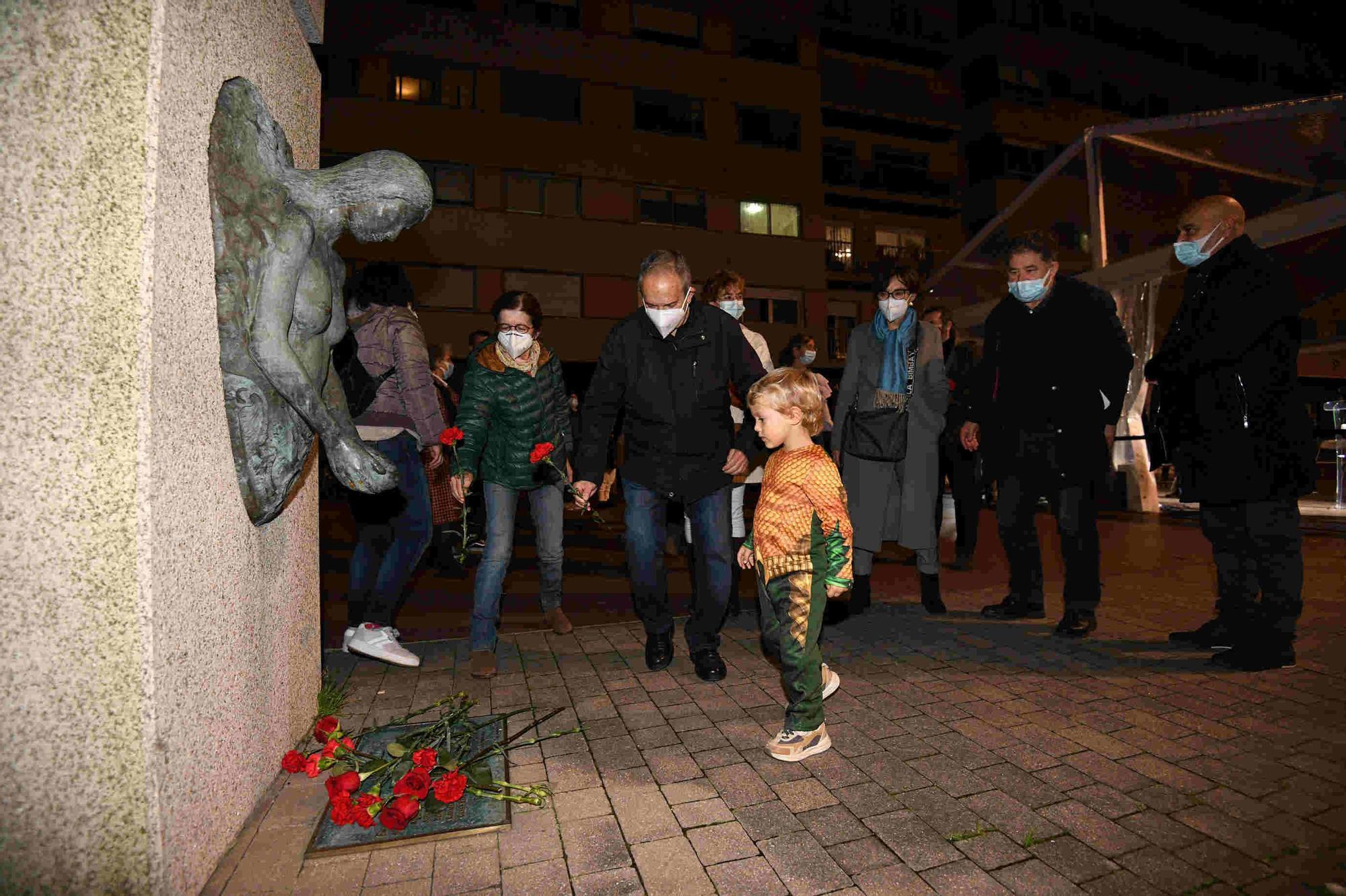 Ofrenda a los fusilados el 12 de noviembre del 36 en Pontevedra