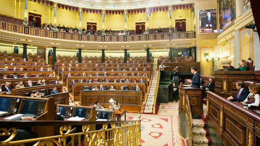 Els presos arriben al Congrés i al Senat per participar a les sessions de constitució