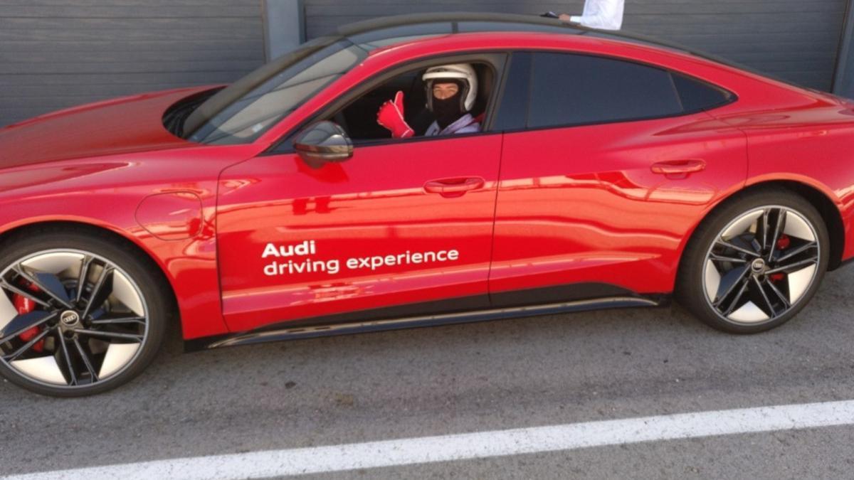 Rodamos en circuito con el Audi RS e-tron GT