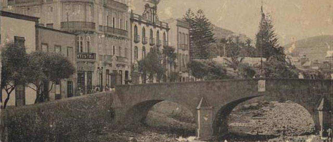 El viejo puente Verdugo, en 1910, hoy desaparecido.