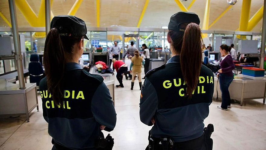 Seis años de cárcel por viajar de Santo Domingo a Palma con seis kilos de cocaína