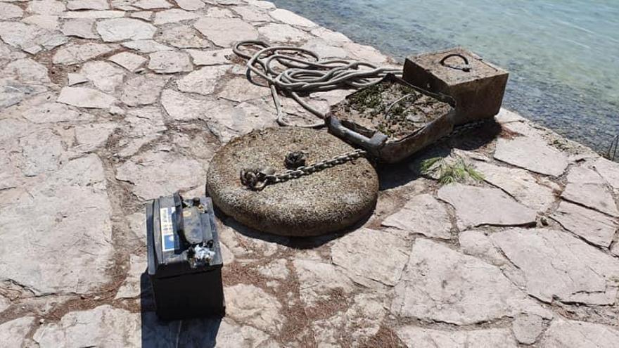 Imponen multas por los fondeos en la playa de Albercutx de Pollença