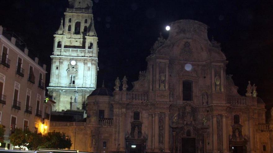 Murcia apagará sus luces este sábado para luchar contra el cambio climático