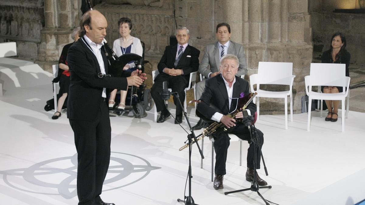 Carlos Núñez y Moloney, en la ceremonia de entrega de las medallas Castelao, en 2013