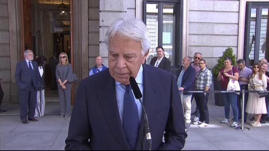 "Felipe González: ""Lo echo de menos ya"""