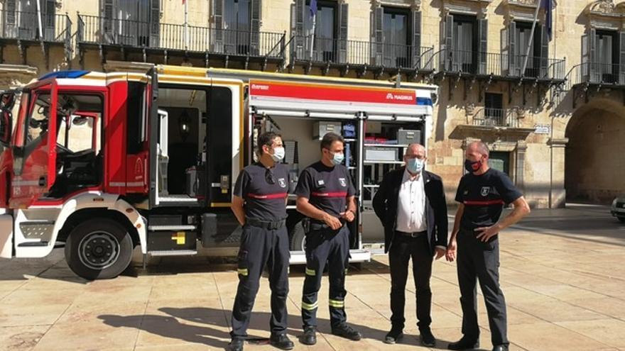 Nueva autobomba urbana ligera para extinguir incendios en viviendas