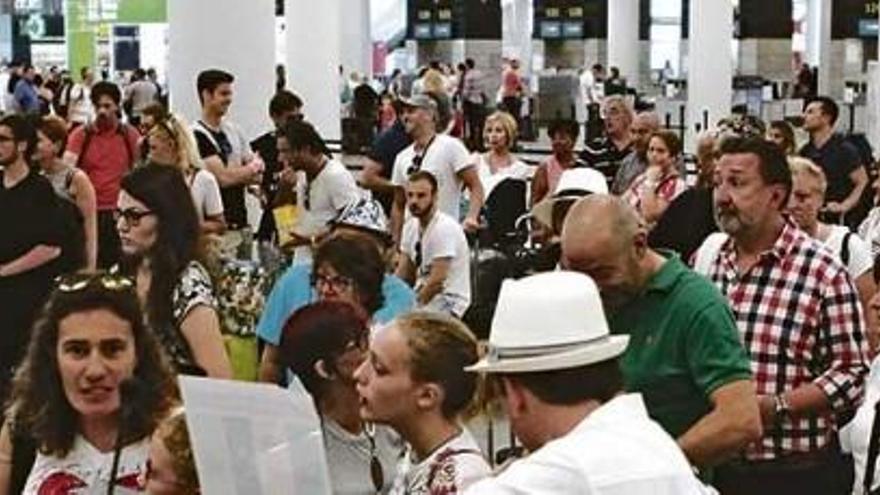 383 Flugausfälle in zwei Monaten auf Mallorca