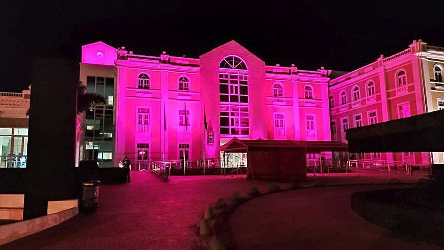 Cabildo rosa contra el cáncer de mama