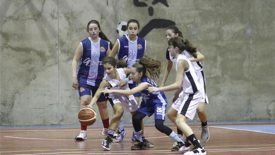 Los saques de honor en el regreso a las competiciones andaluzas los harán profesionales sanitarios