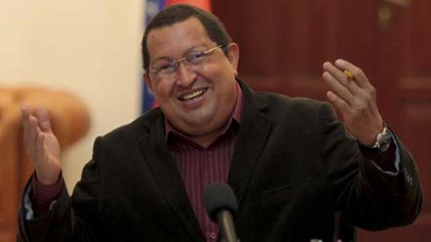 Chávez llama cochino al líder único de la oposición
