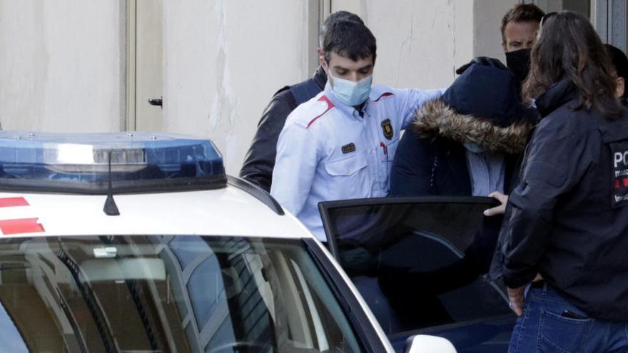 S'eleven a 522 els detinguts en el macrooperatiu contra la xarxa que hauria falsificat més de 1.800 carnets de conduir