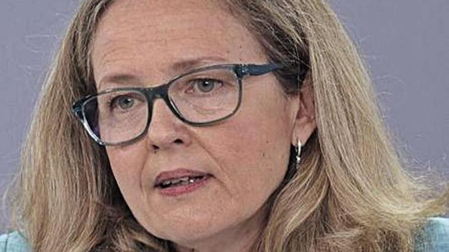 Nadia Calviño autoriza la convocatoria extra para gastar ayudas covid que plantea el Principado