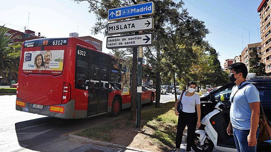 Una veintena de municipios valencianos reciben casi 30 millones para sufragar las pérdidas del transporte público por la covid
