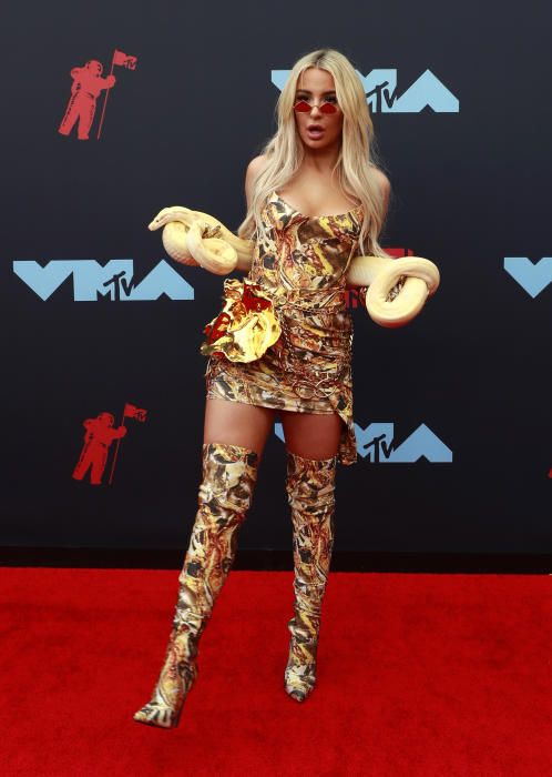 Tana Mongeau, en los MTV Video Music Awards 2019