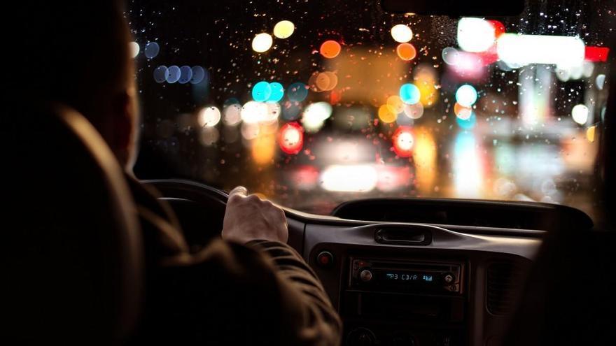 12 consejos para combatir el miedo a conducir de noche