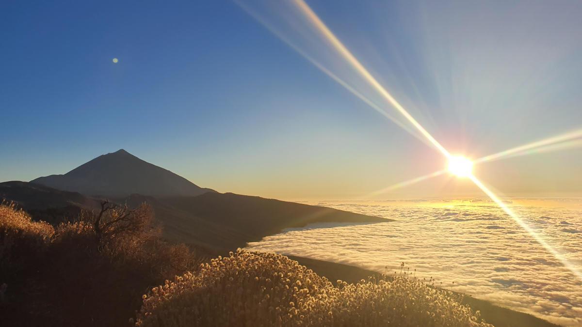 El atardecer de este miércoles desde el Parque Nacional del Teide.