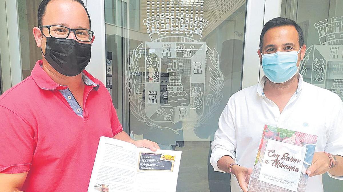 Martínez Noguera y López Huertas presentaron los libros en la localidad
