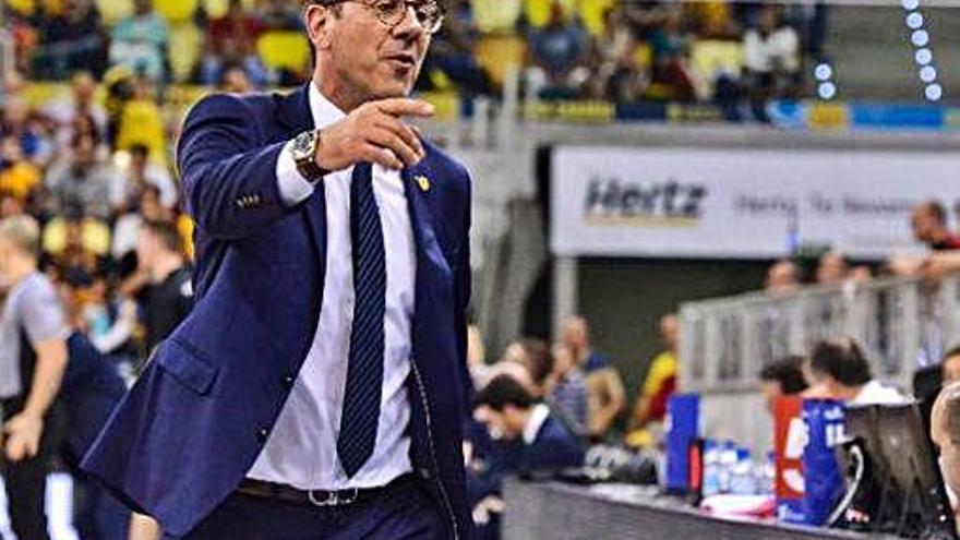 Fotis Katsikaris advierte de la alta velocidad con la que juega el UCAM Murcia