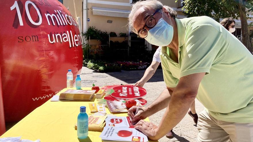 Martí March apoya la campaña 'Som 10 milions, som una llengua'