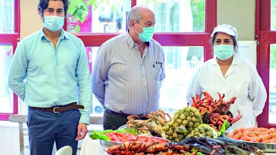 """Alberto González: """"Lo que más piden es comer en terraza, pero la hostelería local es segura"""""""