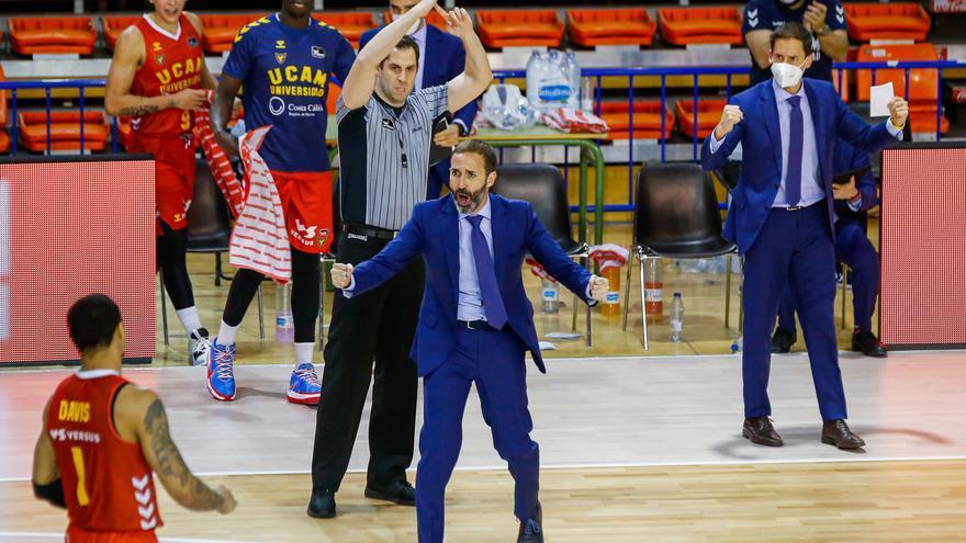 Sito Alonso acepta la oferta de renovación del UCAM Murcia